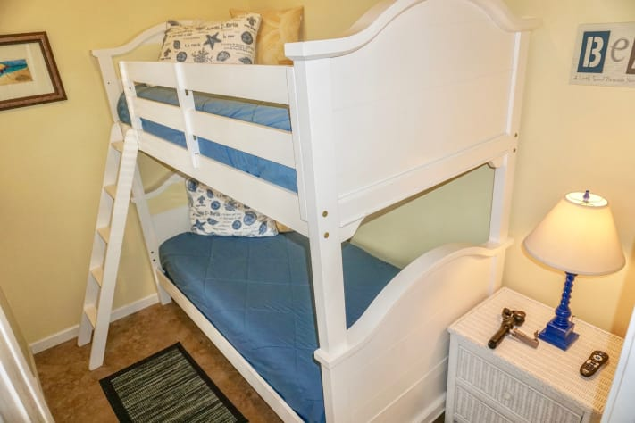 Bunk Room with Twin Over Twin Bunk