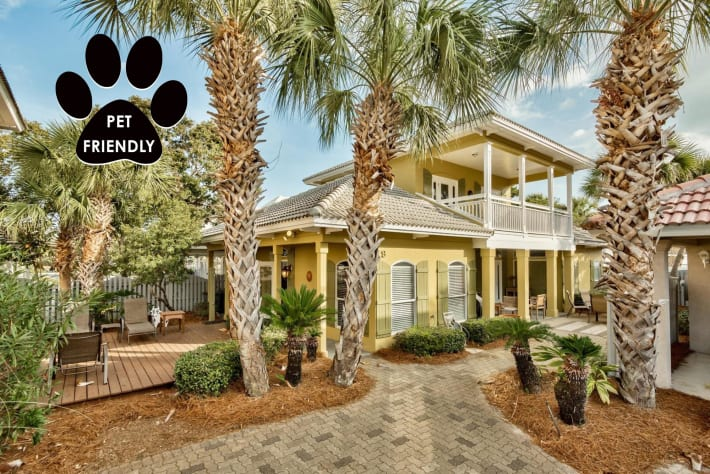 Coconut Cove - Emerald Shores Vacation Rental Near Beach w/ FREE Trolley Service