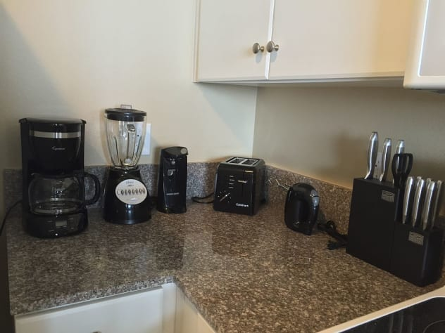 All the small appliances you would need for your stay.