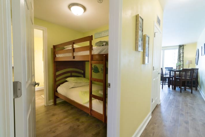 bunk room area ( twin size )