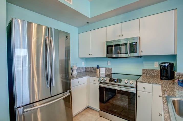 Stainless Steel appliances and granite counters!