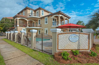 Destin Area Vacation Rental 1006