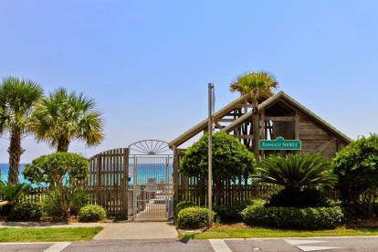Hidden Gem by the Sea - Walk to Beach - Thumbnail Image #24