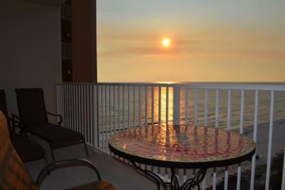 Luxury Condo, 14th floor 1BR+1bunk BR, 2BA - Thumbnail Image #17