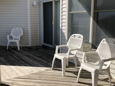 Hang Ten - Beachside - 100 steps to the sand   {{City}}, {{State}} Vacation Rental   #16