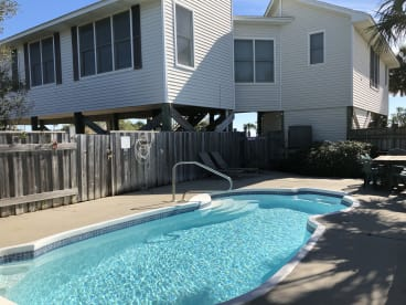 Hang Ten - Beachside - 100 steps to the sand   {{City}}, {{State}} Vacation Rental   #18