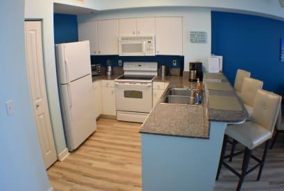 Luxury Condo, 14th floor 1BR+1bunk BR, 2BA - Thumbnail Image #8
