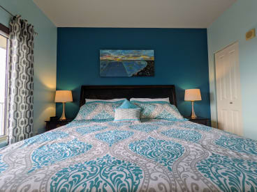 Luxury Condo, 14th floor 1BR+1bunk BR, 2BA - Thumbnail Image #10