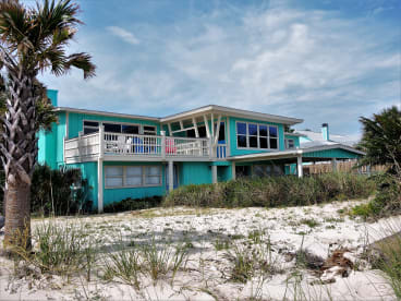 Salty Sway | {{City}}, {{State}} Vacation Rental | #2