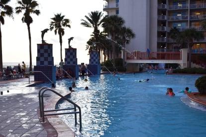 Luxury Condo, 14th floor 1BR+1bunk BR, 2BA - Thumbnail Image #24