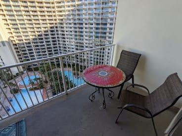 Luxury Condo, 14th floor 1BR+1bunk BR, 2BA - Thumbnail Image #19