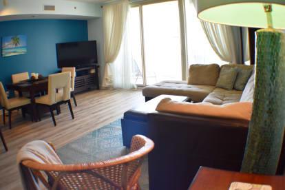 Luxury Condo, 14th floor 1BR+1bunk BR, 2BA - Thumbnail Image #11
