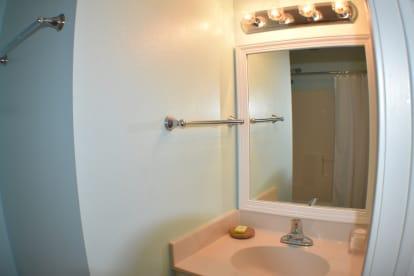 Luxury Condo, 14th floor 1BR+1bunk BR, 2BA - Thumbnail Image #7