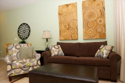 BOOK YOUR LUXURY SPRING/SUMMER CONDO - Thumbnail Image #7