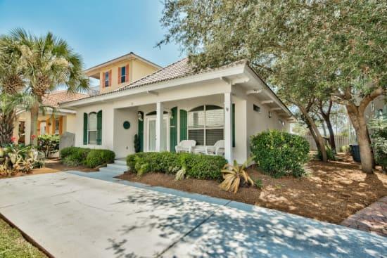 Magnolia Manor - 3 bedroom home in Emerald Shores of Destin Florida