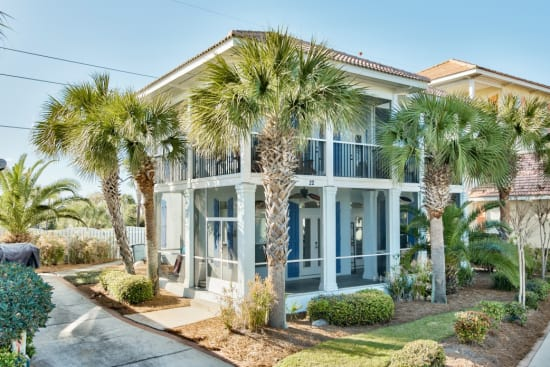 Beautiful Home  Emerald Shores Gated Community Sleeps 9 Prime Location!!