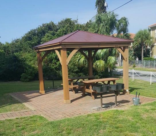 Rental Properties In My Area: Ciboney 2006 Updated Unit With Beach Service