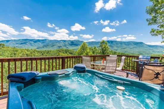 Cobbly Nob - Gatlinburg, TN Chalet Rental (1)