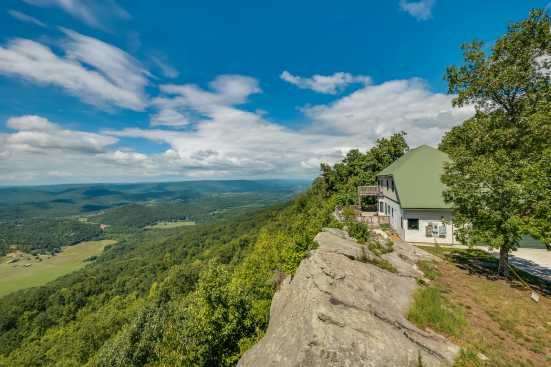 Lookout Mountain - Chattanooga, TN Cabin Rental (1)