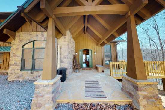 Lone Mountain  - Norris Lake, TN Cabin Rental (1)