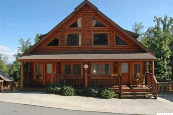 Big Bear Lodge & Resort - Pigeon Forge, TN Cabin Rental (1)