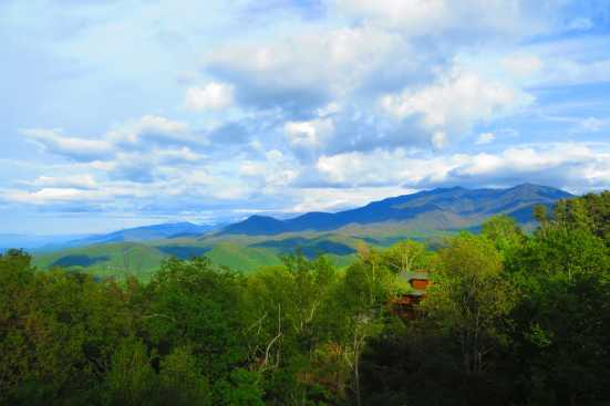 Chalet Village - Gatlinburg, TN Chalet Rental (1)