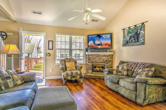 River Pointe - Pigeon Forge, TN House Rental (1)