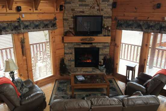 Bear Creek Crossing Resort - Pigeon Forge, TN Cabin Rental (1)