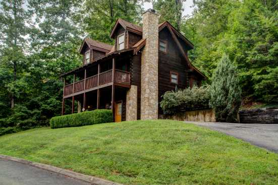 Eagles Ridge Resort - Pigeon Forge, TN Cabin Rental (1)