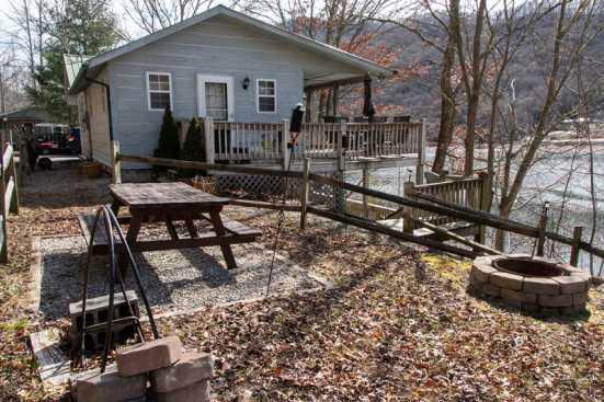 Hiawassee - Chatuge Lake, GA Cabin Rental (1)