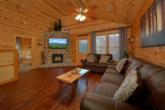 Blackberry Ridge Resort - Pigeon Forge, TN Cabin Rental (1)