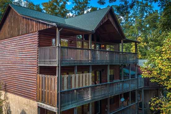 Hidden Springs Resort - Pigeon Forge, TN Cabin Rental (1)