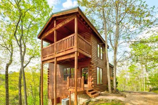 Elk Springs Resort - Gatlinburg, TN Cabin Rental (1)