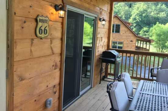 Smoky Mountain Ridge - Pigeon Forge, TN Cabin Rental (1)