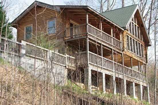 Smoky Village (Mtn) Village - Gatlinburg, TN Cabin Rental (1)