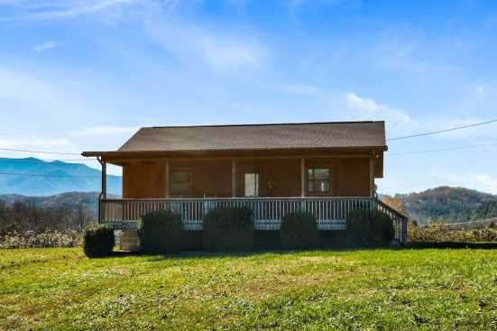 Cosby Private Properties - Cosby, TN Cabin Rental (1)