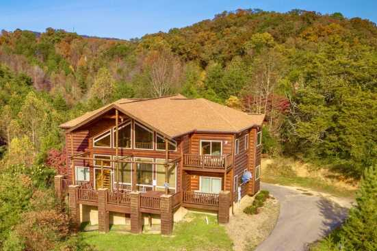 Mountain View Condos - Pigeon Forge, TN Cabin Rental (1)