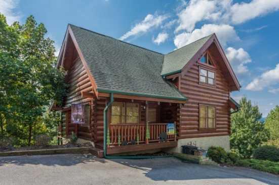 Grandview Resort - Sevierville, TN Cabin Rental (1)