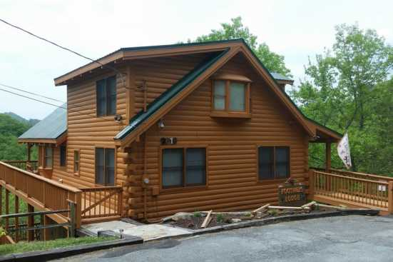 Hickory Hollow - Sevierville, TN Cabin Rental (1)