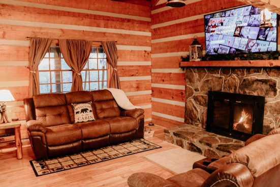 Cobbly Nob - Gatlinburg, TN Cabin Rental (1)