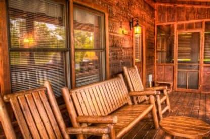 Eagles Ridge Resort - Pigeon Forge, TN Cabin Rental (1)