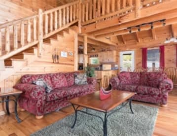 Walden Hills - Pigeon Forge, TN Cabin Rental (1)