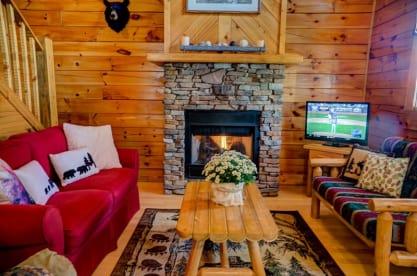 Pin Oak Resort - Pigeon Forge, TN Cabin Rental (1)