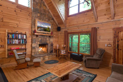 Lake Lure Private Properties - Lake Lure, NC Cabin Rental (1)
