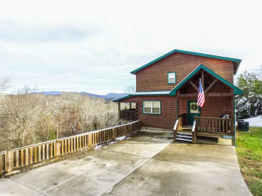 The Oaks - Sevierville, TN Cabin Rental (1)