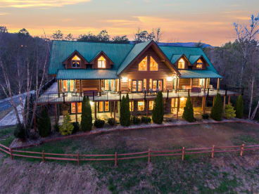 Sevierville Private Properties - Sevierville, TN Lodge Rental (1)