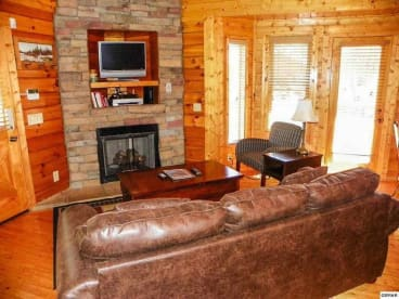 Downtown Pigeon Forge - Pigeon Forge, TN Cabin Rental (1)