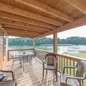 Dandridge - Douglas Lake, TN Cabin Rental (1)