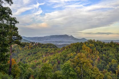 Alpine Ridge - Sevierville, TN Cabin Rental (1)