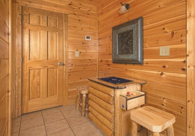 Star Crest Resort - Pigeon Forge, TN Cabin Rental (1)